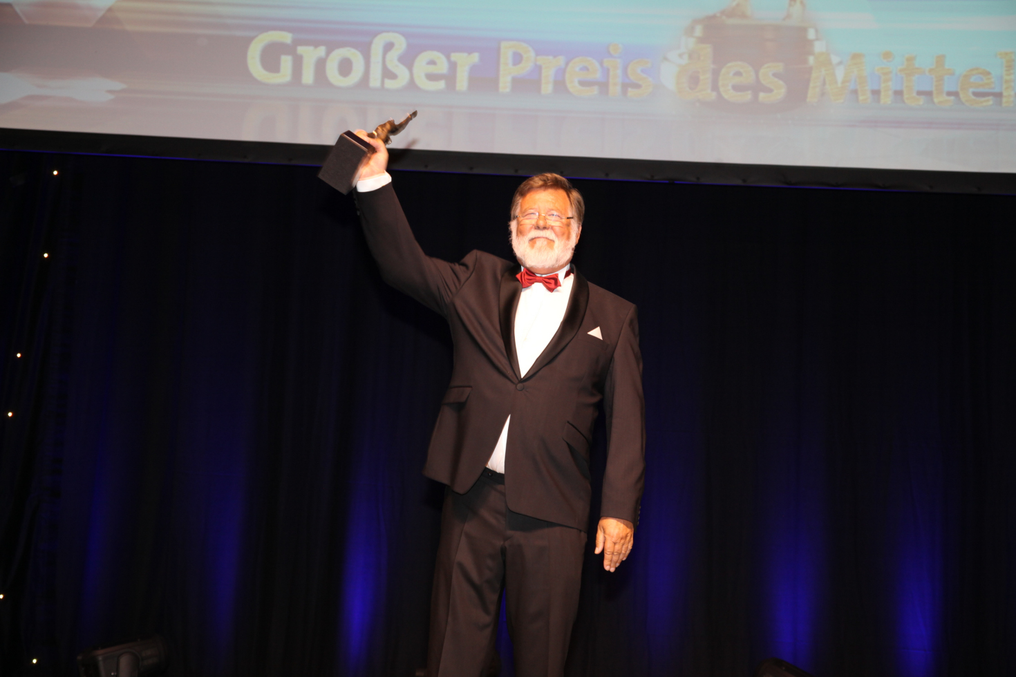"Mr. Barthel, microtech GmbH electronic, ""Großer Preis des Mittelstandes"" 2016"